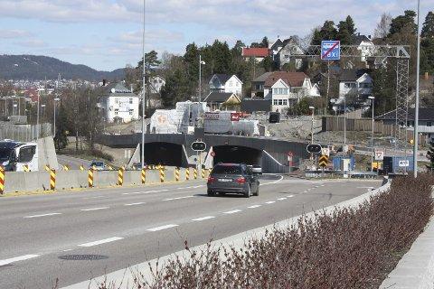 FRI FLYT: Begge løp i Brynstunnelen er nå åpnet. Bildet ble tatt søndag 30. april. Foto: Arne Vidar Jenssen