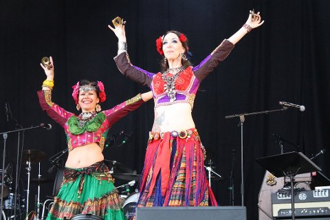 TRIBAL TROOPERS: Her er en dansegruppe fra fjorårets festival.