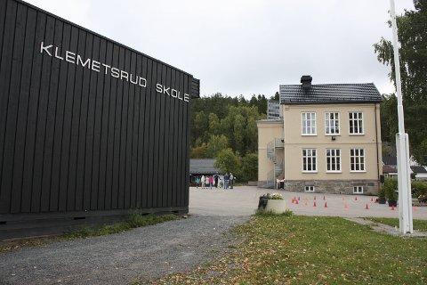 150 ÅR: Klemetsrud skole ligger fint til i Enebakkveien 418. Murbygningen er fra 1911.Arkivfoto
