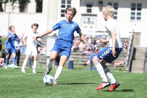 """MATCHVINNER: Daniel Granlund Strømdahl ble matchvinner i finalen mot Kringsjå på """"golden goal""""."""