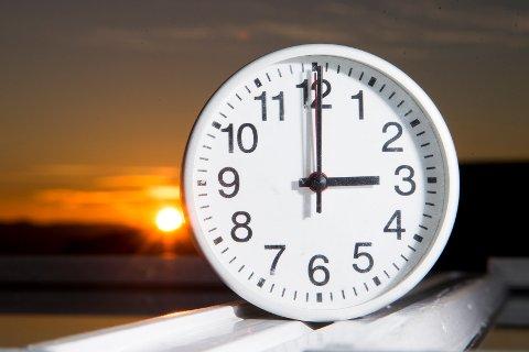 VINTERTID: Klokken skal stilles tilbake én time natt til søndag. Foto: Håkon Mosvold Larsen / NTB scanpix