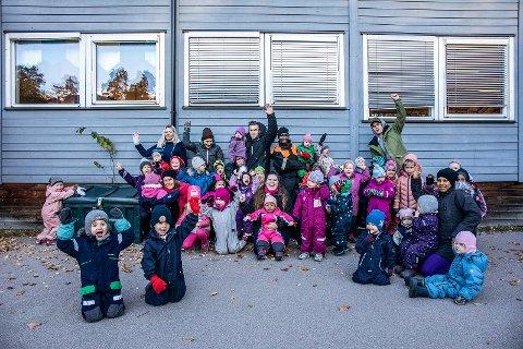 BARNA BLE HØRT: - Vi skal få en ordentlig og fin barnehage, ropte barna da de fikk høre den gode nyheten.