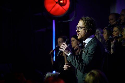LIVEALBUM: Fjorårets julekonsert med Adam Douglas i Nordstrand kirke er nå blitt juleplate.