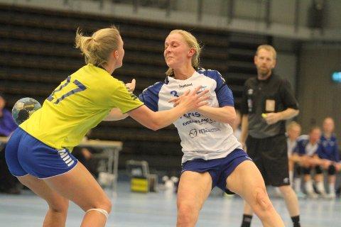 POSITIV: Julie Reinemo scoret to mål på fem skudd mot Marte Møane og Fyllingen.