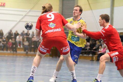 IMPONERTE: Nicolay Hauge og BSK leverte årsbeste mot Halden, og vant 35-27 i Remmenhallen.
