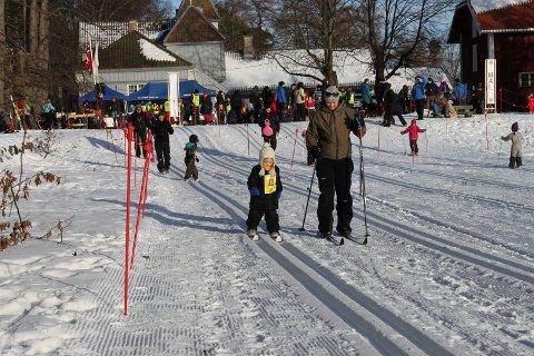 SKØYENPARKEN: Bryn Lions inviterer til skirenn og aking i parken ved Nordre Skøyen hovedgård.