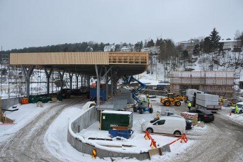 RYEN: Gjenbruksstasjonen i Vårveien blir ferdig i mai/juni, men driften starter trolig i august