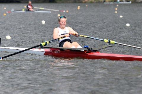 AMBISJONER: Hannah Elisabeth ble nummer tre i finalen på 2000 meter singlesculler, men må prestere fremover hvis hun skal kvalifisere seg til Nordisk Mesterskap.