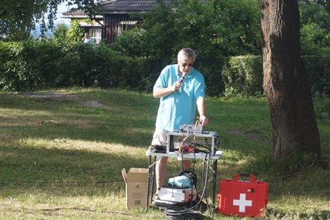 Velformann og vår lokale ildsjel Lars Ole Ørjasæter hadde full kontroll på arrangementet