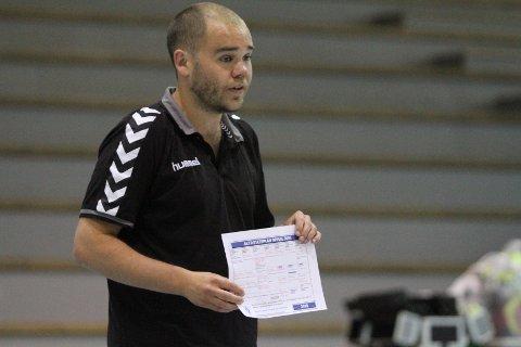 FLERE SPILLERE: Oppsals nye trener, Endre Birkrem Fintland, har fått fie nye spillere å jobbe med i stallen sin.