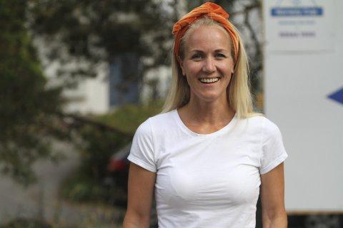 DØGNET RUNDT: Heidi Kalmo fra BSK var en av mange frivillige som bidro under årets Norway Cup. Foto: Arild Jacobsen