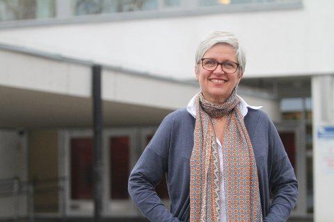 – KJEMPESTAS: Siv Jacobsen leder den videregående skolen i Oslo hvor flest elever fullfører og består.