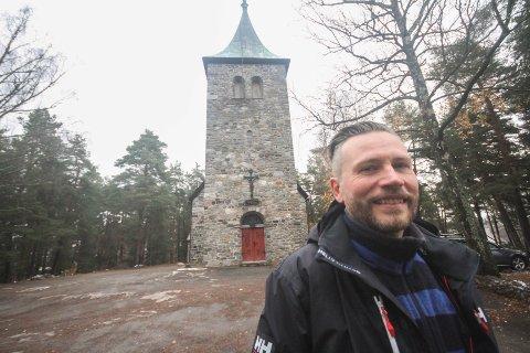 VIL ENGASJERE: Den nye presten i Ljan kirke, Morten Holmqvist, håper å kunne engasjere lokalbefolkningen på Ljan.