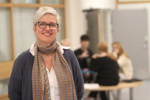 OPPTATT AV MOTIVASJON: Siv Jacobsen mener det er viktigere at elevene vil gå på en bestemt skole enn at de har toppkarakterer fra grunnskolen.