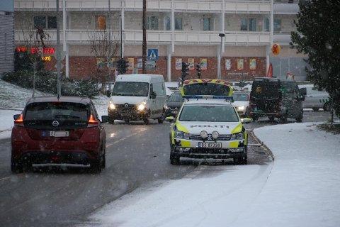 SKULLERUD: Fredag ettermiddag var politiet på Skullerud i forbindelse med et innbrudd.