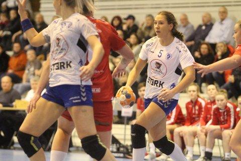 LYSPUNKTET: Eira Aune var strålende for Oppsals med 11 mål på 14 skudd.