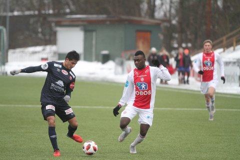 SPENNENDE: Nykomlingen Abdul-Basit Agouda fra Stabæk spilte en time mot Strømmen, og viste spennende takter.