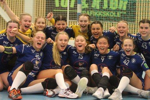 SUPERJENTER: 2003-årgangen til Oppsal som kvalifiserte seg til nasjonalt sluttspill i Bringserien.