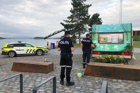 INNBRUDD: Fjordvogna på Bekkelagsbadet er blit utsatt for både hærverk og innbrudd den siste uken, men holder åpent til tross for skadene.