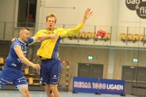 VANSKELIG: Toppscorer Emil Midtbø Sundal fikk dårligere arbeidsforhold på høyrebacken når Trym Korperud Johnsen var ute med koronakarantene.