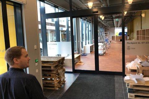 ÅPNER, MEN INGEN FEST: Nye Deichman Lambertseter.