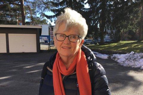 HJELPSOM: Trønderen Tone Fridheim har bodd på Oppsal i 12 år. Hun kjenner på et behov for å hjelpe eldre mennesker i en krevende tid.