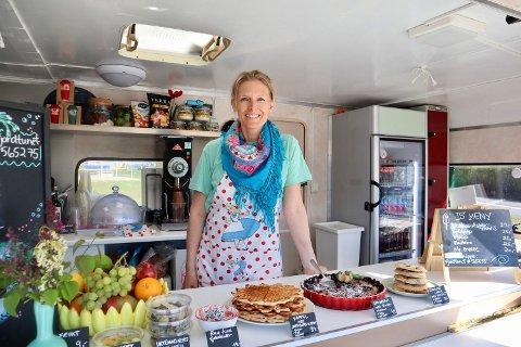 Heidi Svang Johnsrud ønsker å servere både sunne retter og diverse bakverk til sultne badegjester.