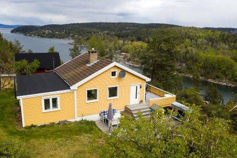 600 OVER: Hytta ved Bunnefjorden gikk 600.000 over prisantydning.