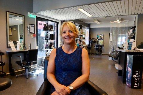 Marit Sønsthagen har jobbet med kollegaene på MKS frisør i 16 år.