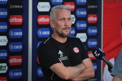 SLAGEN MANN: Selv om det ble poengdeling mot Kongsvinger var KFUM/Oslos trener, Jørgen Isnes, langt nede etter matchen.