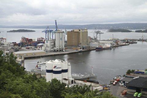 TATT AV POLITIET: I september i fjor prøvde to menn å hente ut 50 kilo kokain fra en kontainer på Sjursøya.