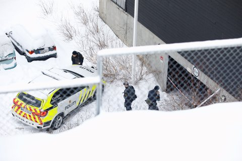 SAMME VÅPEN: Det ene våpenet som ble brukt i en skyteepisode på Lambertseter i mars 2018, ble senere brukt i et drap i en garasje på Bjørndal. De fem mennene som nå er dømt for skyteepisoden, hadde for øvrig ingenting med drapssaken å gjøre.