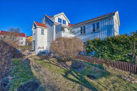 Denne boligen i Holtet hageby gikk nettopp til prisantydning, selv om de aller fleste boligene nå går langt over prisantydning.
