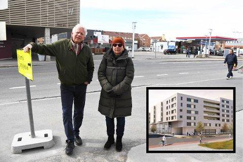 Tom Skundberg og Berit Eliassen reagerte sterkt da de fikk se illustrasjoner av et mulig nabobygg.