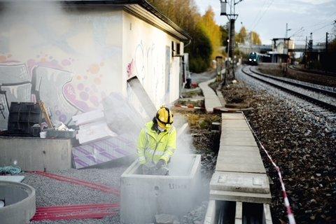 Det arbeides med et nytt digitalt signalsysstem på jernbanen mellom Oslo og Ski.