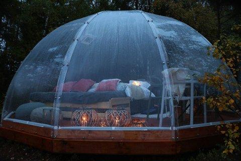 Med to igloer av denne typen, vil Killingmo gård gi gjestene en annerledes naturopplevelse. Foto: Trones Eye