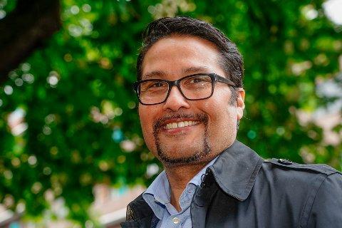 SNUR: Obos-sjef Daniel Kjørberg Siraj lytter til eierne sine på Manglerud og kutter høyden og arkitekturen på et omstridt prosjekt. Foto: Terje Pedersen / NTB