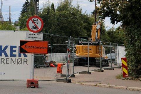 Nå skal det kommunale ledningsnettet oppgraderes her i Sandstuveien ved Ekebergveien.