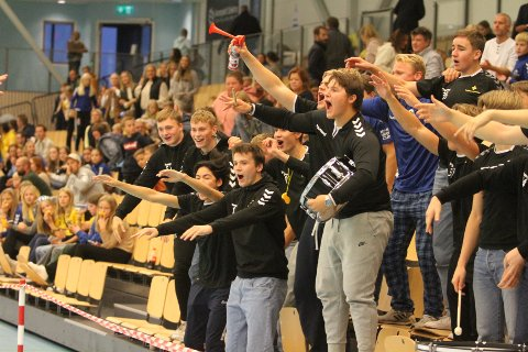 HERLIG GJENG: Juniorgutta til BSK lagde en herlig stemning i Nordstrand Arena da BSK gikk videre i europacupen.