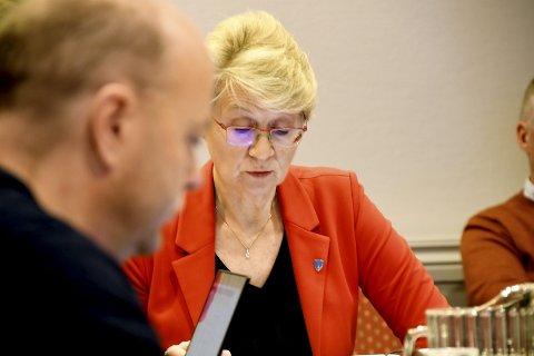 Et enstemmig Sel kommunestyre takker ja til invitasjonen fra Vågå kommune om å danne en ny kommune. Her er ordfører Eldri Siem.
