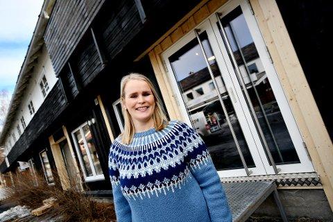 Camilla Gundersen takka ja til å vere med på nysatsinga i Vågåmo. 30. april opnar dørene.