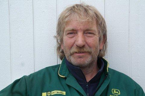 RASER: Fiskebonde Johnny Eliassen er forbannet på arrangeringen av folkemøtet om oppdrett i Karlsøy. Foto: Privat.