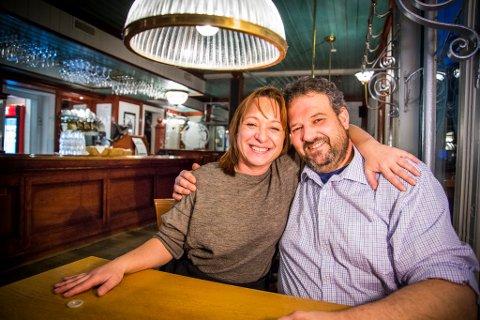 DREVET AV KJÆRLIGHETEN: Caroline Marchand og Cyril Millet flyttet til Tromsø for å forene sine to arbeidsfelt, slik at de kunne jobbe sammen.