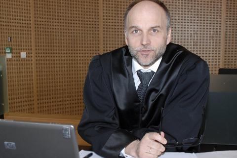 SPØRSMÅL: Advokat John Erik Nygaard mener saken reiser en del prinsippielt viktige spørsmål som Høyesterett bør avklare. Blant annet hva er «manglende edruelighet» i veitrafikkloven»?