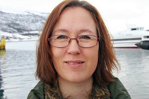 PÅRØRENDE: - Jeg har ikke surfet gjennom livet, sier Heidi M. Norman Einvoll. Hun tok mye ansvar i familien da faren hennes ble lam etter hjerneslag. - Rehabiliteringen må inkludere hele famlilien, ikke bare den som er syk, sier hun.