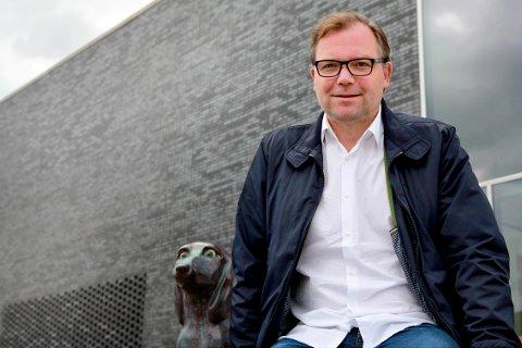 """Dramatiker Arne Lygre har skrevet """"Dager under"""", som har premiere på Hålogaland Teater 24. september 2015. Foto: HT"""