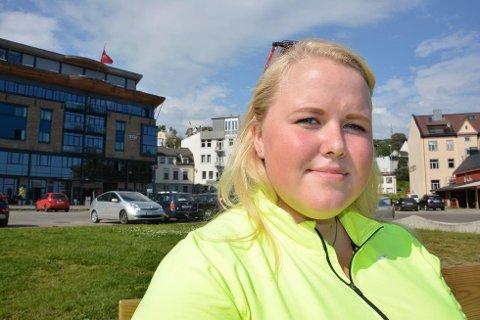 DRAR IKKE TILBAKE: - Det er for vanskelig og følelsesmessig tøft å være der broren min ble drept, sier Hanne Linaker som var på Utøya i 2011. (Foto: Foto: Espen Bless Stenberg)