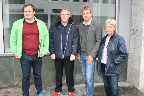 Fra venstre: Jonas Stein (V), Kristoffer Kanestrøm (FrP), Øyvind Hilmarsen (H) og Anna Andahl Fyhn (H). Foto: Espen Høybakken
