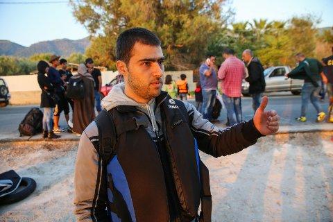 RØMTE HJEMLANDET: - Det er ingen fremtid i Syria, sier Hassan Barkouky. Flere av de øvrige reisende nikker dystert.
