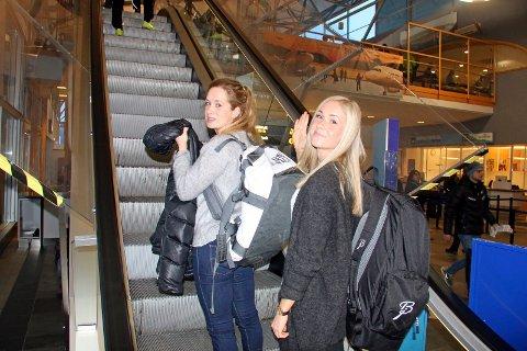 Anna Svendsen og Silje Theodorsengår verdenscup i Drammen onsdag. Søndag kan de få selskap av to andre løpere fra Team Nord-Norge under tremila i Holmenkollen.